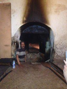 旧市街にいくつもあるパン焼き窯
