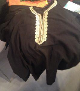 お買い上げ~のモロッコ刺繍チュニック