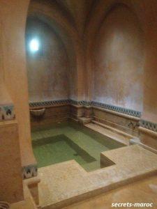les deux toursのすてきなハマム、これは水風呂です…。